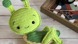 Grasshopper Amigurumi Free Crochet Pattern