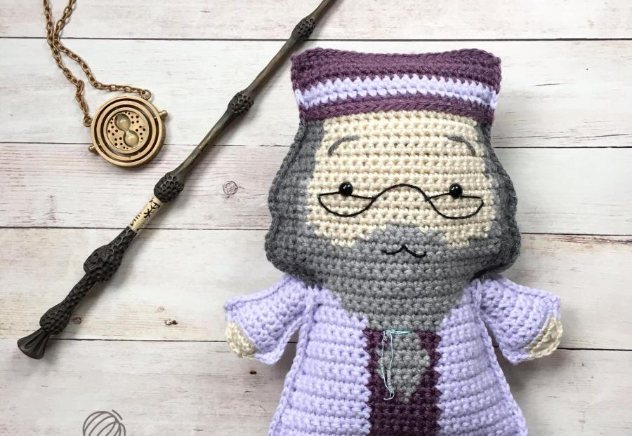 Crocheted Dumbledore