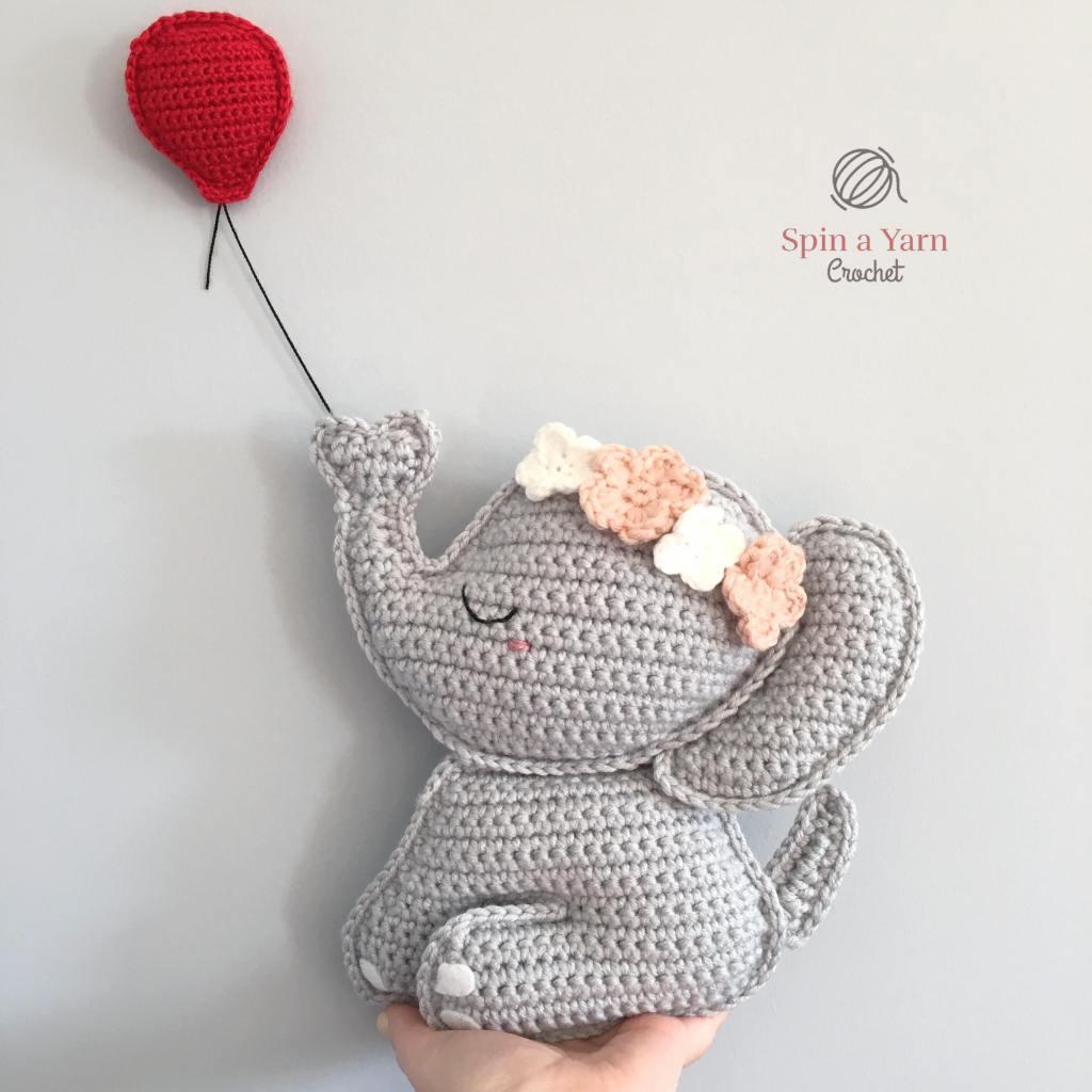Crochet elephant with balloon