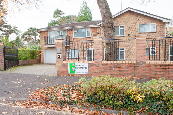 Milton Road Osteopathic Clinic, Charminster parking