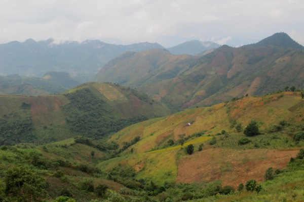 Myanmar trek multicoloured valley