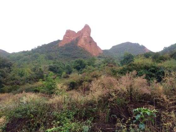 the collapsed mountains of Las Médulas