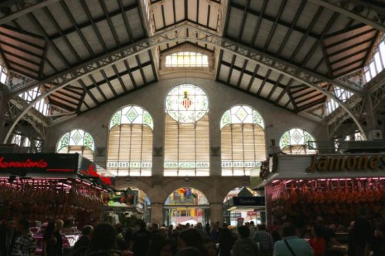 Mercado Central on the inside