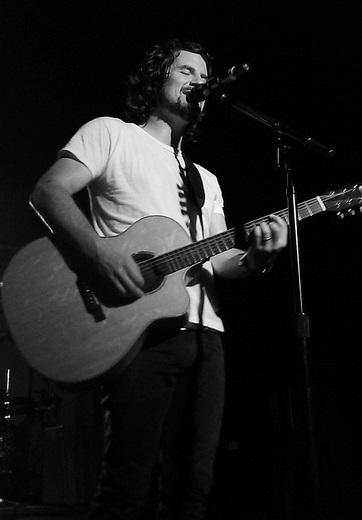 Matt Nathanson in Nashville last October.  Thanks to Flickr user staceymk11 for sharing!