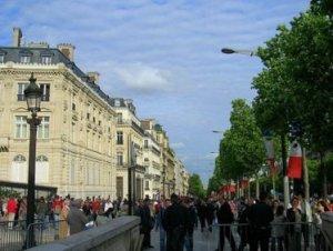 Paris, France. May, 2007. Photo by Douglas Pinson