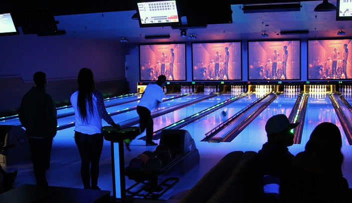 Spins Bowl New York's Grand Opening in Carmel