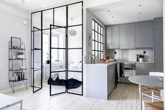 come dividere una stanza senza opere murarie: la vetrata