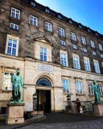 christiansborg palace copenhagen denmark