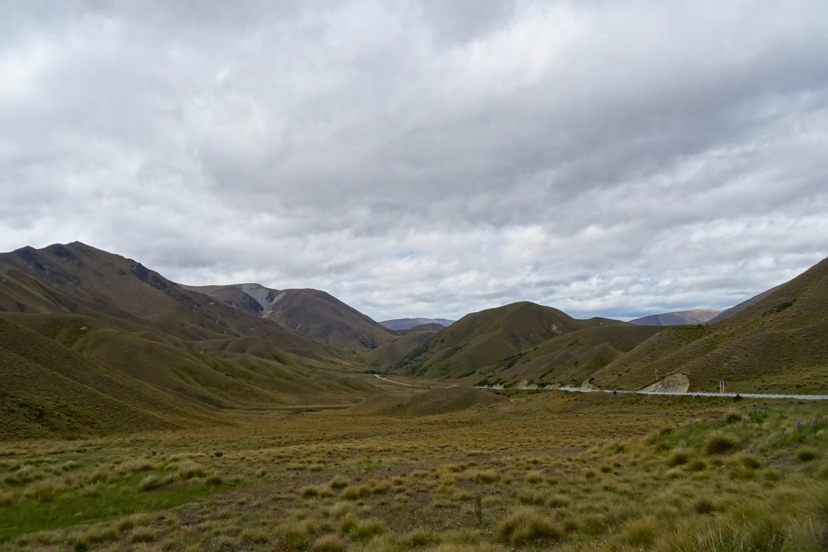 Lindis Pass, New Zealand - spinthewindrose.com
