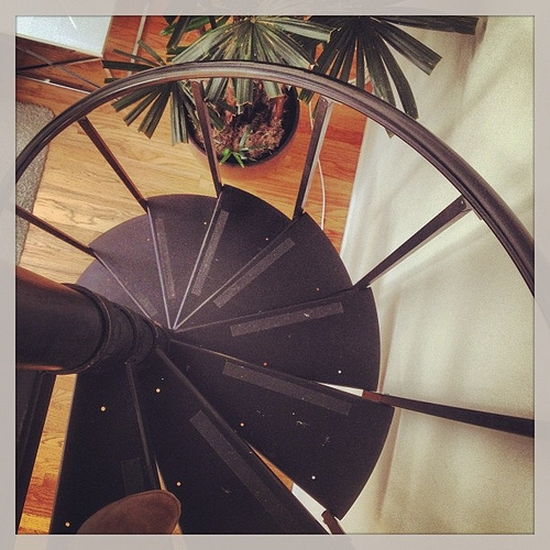 A Guide To The Different Types Of Spiral Staircases Spiral | Types Of Spiral Staircase | Staircase 2 | Detail | Living Room | German | Helical Staircase
