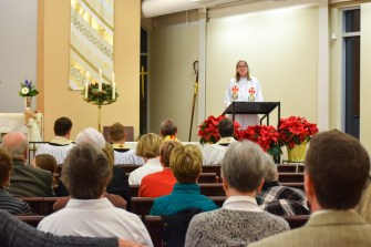 The Rev. Alison Quin, Retired, Diocese of New York, delivers the sermon. Image credit: Donna Field