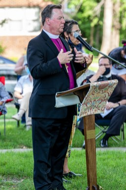 The Rt. Rev. Martin S. Field provides opening remarks at the June 3, Pray for Racial Justice Event at St. Augustine's Episcopal Church, Kansas City, Missouri. Image credit: Mary Ann Teschan
