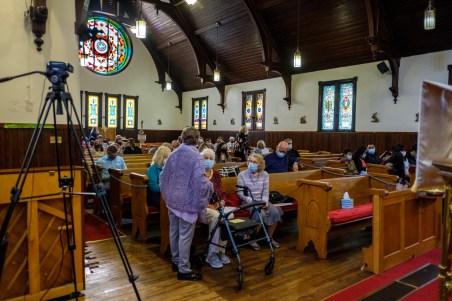 Gathering - Area Confirmation Service at Grace Episcopal Church, Carthage, Missouri. Image credit: Gary Allman