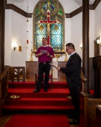 Rehearsal. Bishop Marty & the Rev. Isaac Petty. St. Luke's Episcopal Church, Excelsior Springs, Missouri. Image credit: Gary Allman