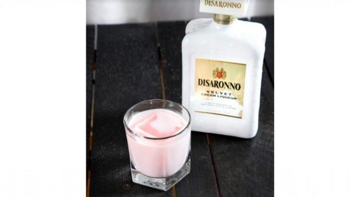 Disaronno Pink Velvet Valentine's Day Cocktails