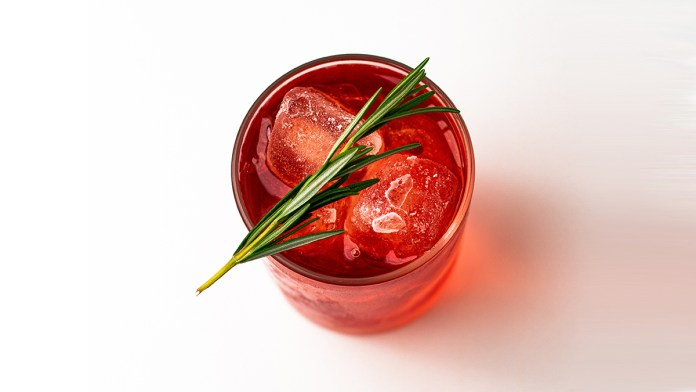 5 Must-Try Negroni Variations To Celebrate The Iconic Cocktail