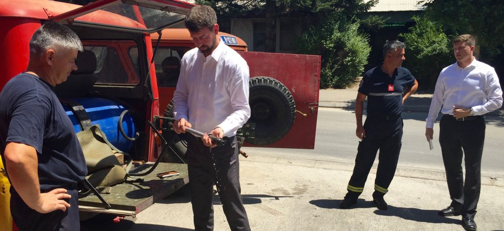 I saw firsthand what they were working with. After trying out the fire suppression systems that the firefighters currently use, it was clear that the leaking hand-pumps and 30-year-old backpack bladders desperately needed to be replaced.