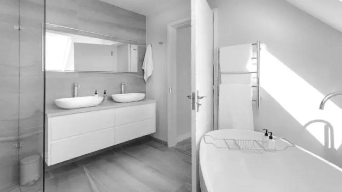 風呂 入浴 バスルーム シャワー