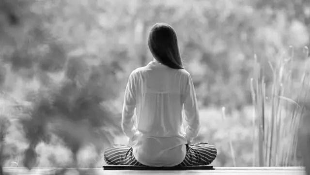 瞑想 座禅 精神統一 ヨガ