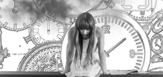 女性 時間 時計 悩み