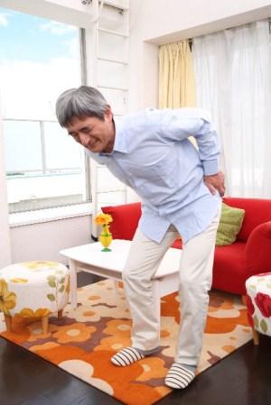 腰痛の種類と治療法、「85%」は原因が不明