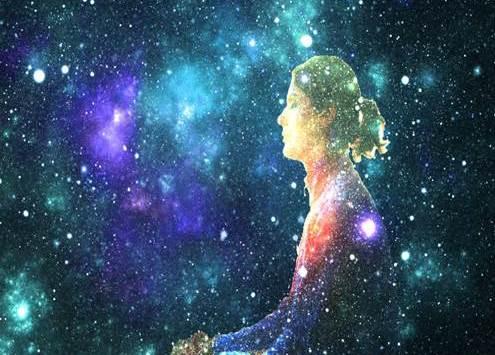 Prière à la mère divine, force créatrice en Soi
