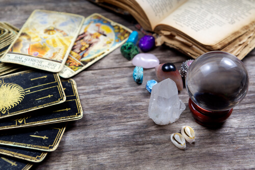 Spiritual spell to protect your money