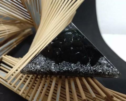 orgonite fabrication orgonites ventes orgonite bijoux orgonite band orgonite pyramide orgonite fleur de vie orgonite oeil de tigre orgonite protection