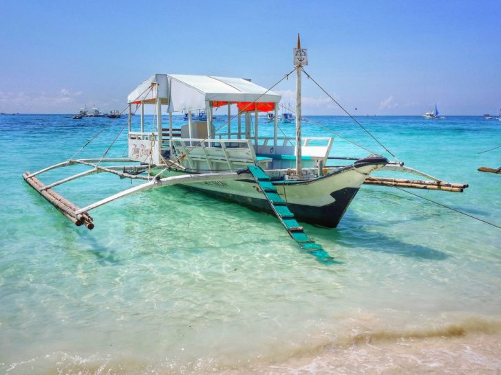 ボラカイ島へのボート