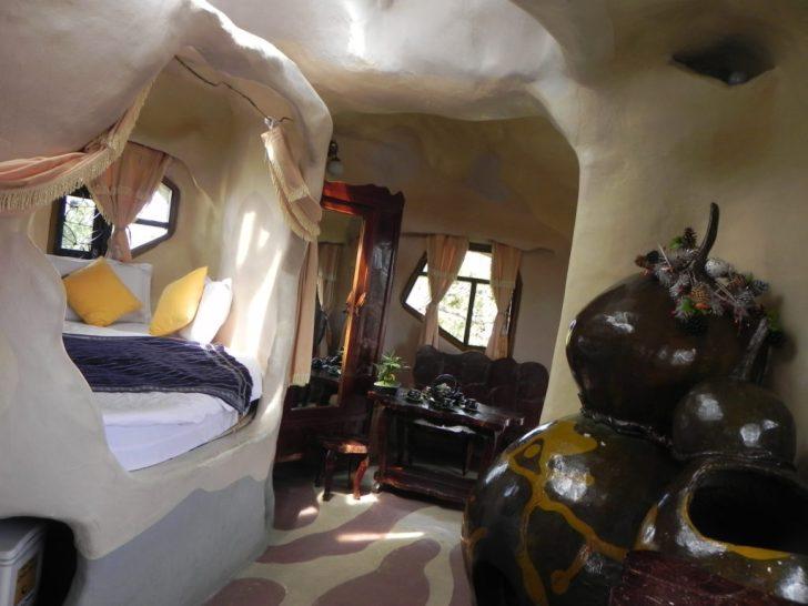クレイジーハウスの客室