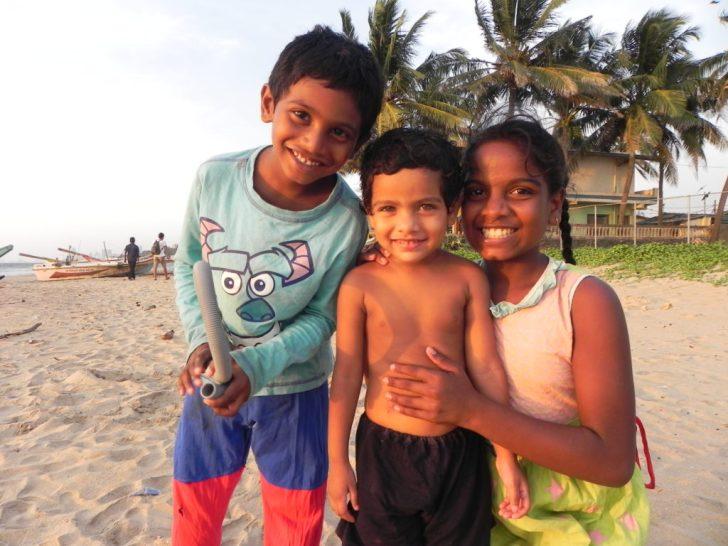 スリランカの可愛らしい子供達