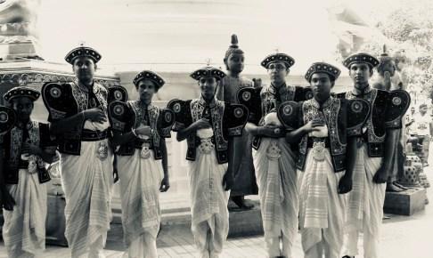 スリランカの民族衣装