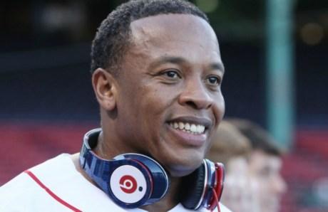 Τα Beats του Dr Dre αγοράστηκαν από την Apple