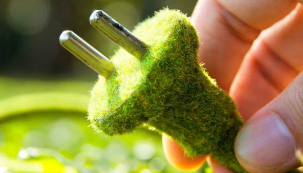 Esta sembradora puede cargar su móvil