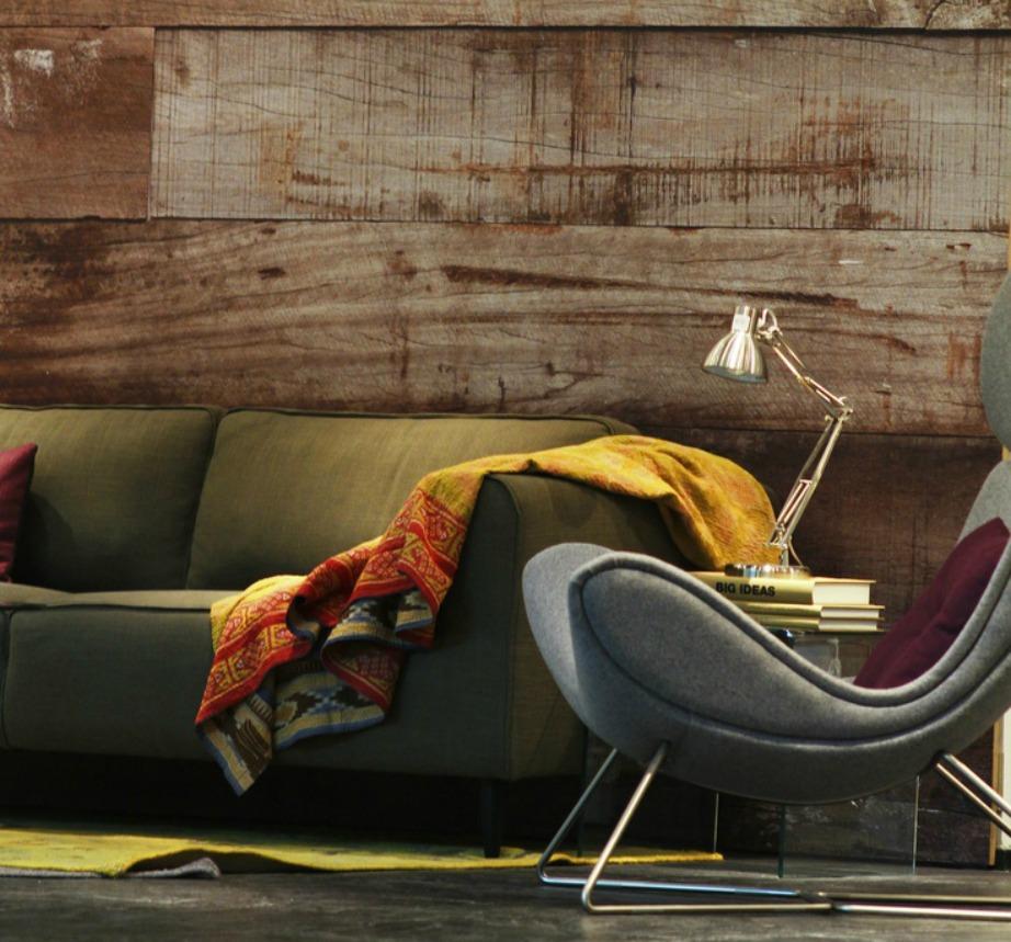 Χρησιμοποιήστε συνδυασμό υλικών και υφών για αν δείξει το σπίτι πιο πολυτελές.
