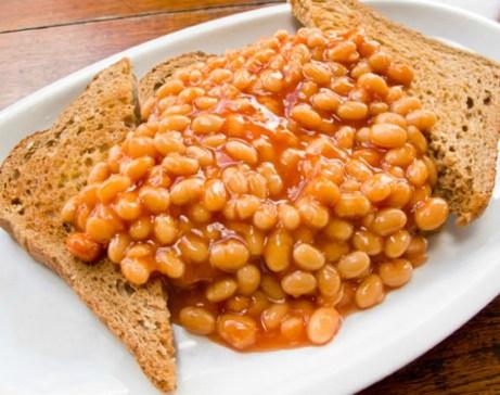 Στην Αγγλία συνηθίζεται πολύ το τοστ με φασόλια.
