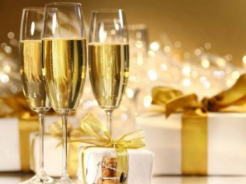 Подарок своими руками или сервировка стола и украшение блюд на праздничный Новогодний стол