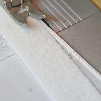 Gardinen flauschband-oben-annähen