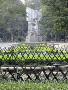 more socialist statuary