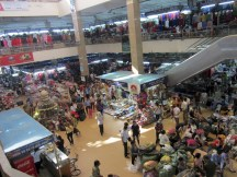 Chợ Đồng Xuân (Dong Xuan Market)
