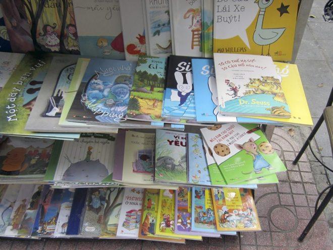 books-in-vietnamese-4