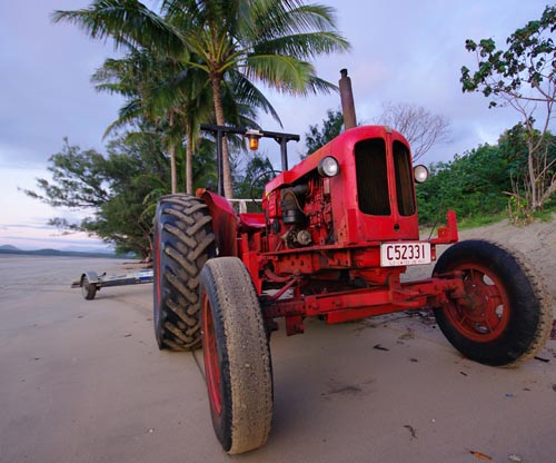 midge point tractor
