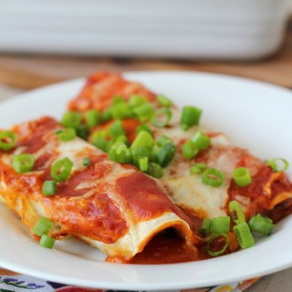 Cinco de Mayo: Vegetarian enchiladas