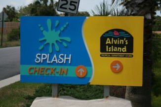 Splash Welcome Sign