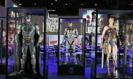 Warner Bros. Offers Look At JUSTICE LEAGUE Costumes