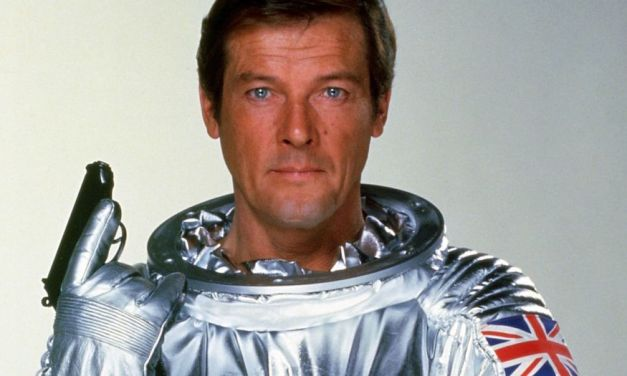 SIR ROGER MOORE of James Bond Fame Dead at 89