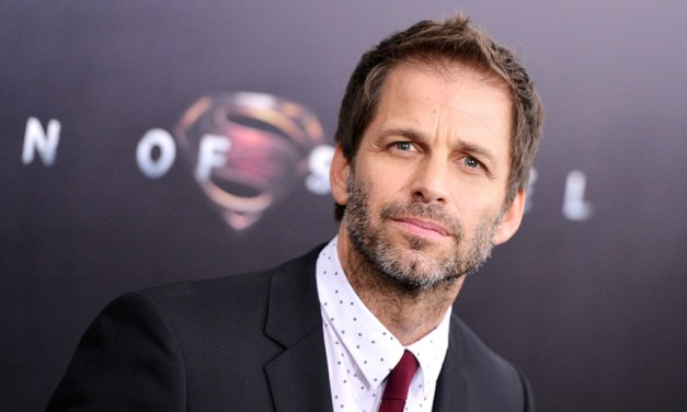 Zack Snyder Leaves JUSTICE LEAGUE To Deal With Family Tragedy