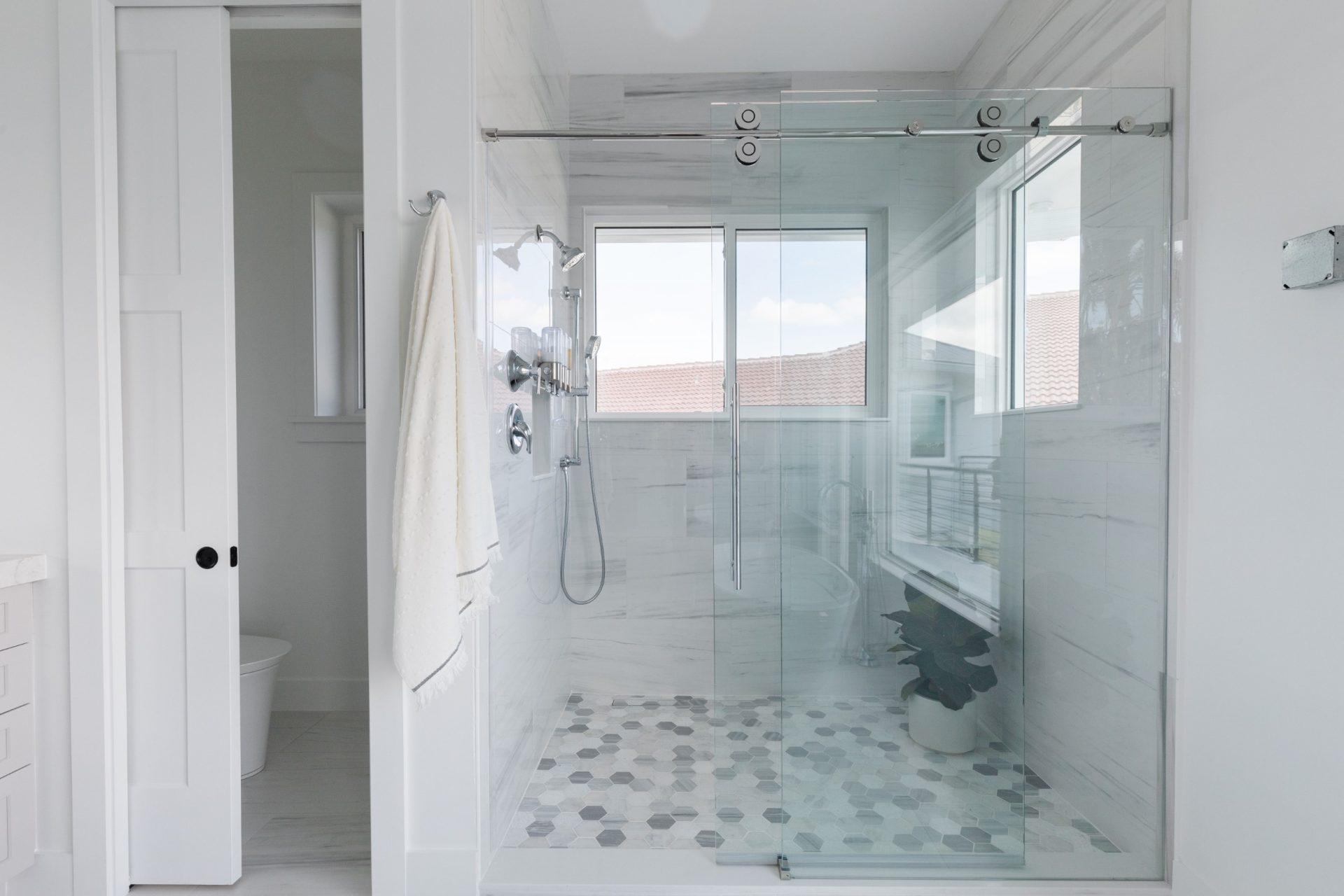 Peet's Perch | Master Bathroom Shower