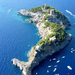 Le Sirenuse, and other private remote islands in the Med…