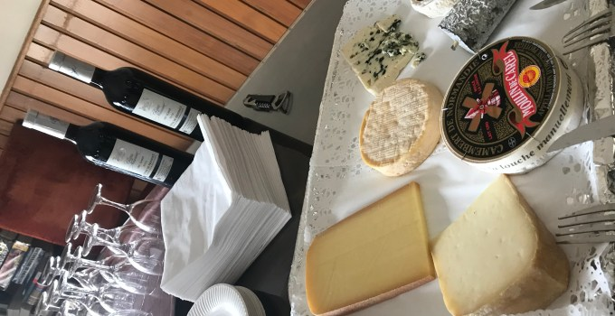 How to make a proper French cheese platter, with ease…